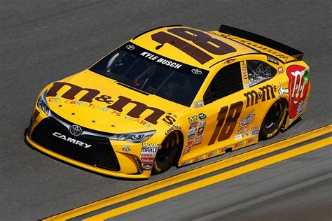 Kyle Busch Nascar nascar predictions who will win the toyota owners 400 4