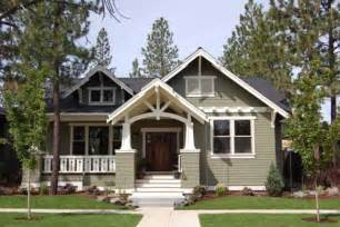 Bungalow House Designs Craftsman Style House Plan 3 Beds 2 Baths 1749 Sq Ft