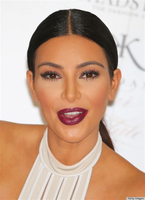 red lips at bianca spender the best beauty looks at thanks rihanna now we want this lipstick color huffpost