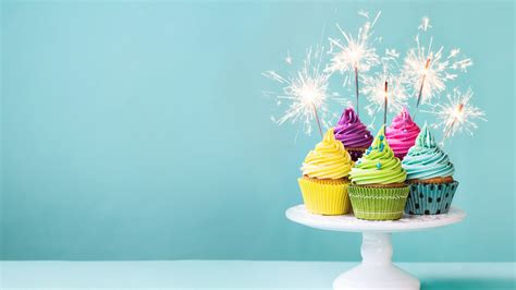 wallpaper colorful cupcakes cream fireworks sparks