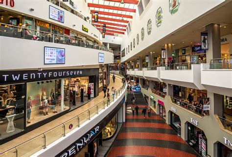 best shopping stores the best malls in israel the places to shop til you drop