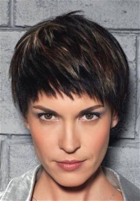 corte de pelo para cara redonda imagenesdepeinadoscom pin cortes para caras ovaladas tips ayuda chicas anny