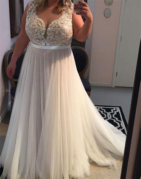 lace appliqued soft tulle wedding dresses plus size