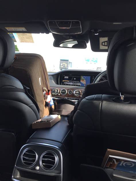 airport transfer service should you spend for hotel airport transfer service
