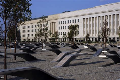 pentagon memorial benches meaning pentagon memorial wikipedia