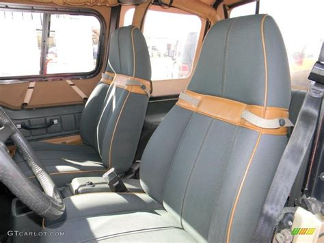 jeep sahara interior green beige interior 1992 jeep wrangler sahara 4x4 photo
