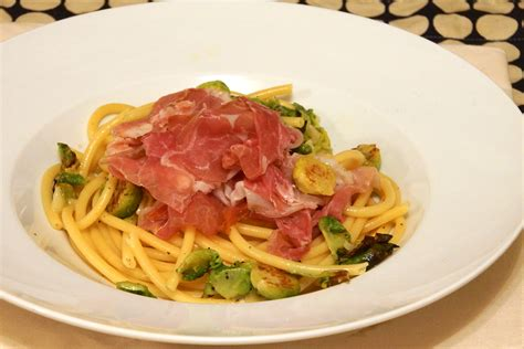 bucatini pasta with brussels sprouts prosciutto