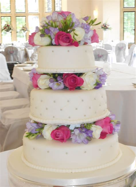 Wedding Cake Fresh Flowers by Fresh Flowers Wedding Cake Cakecentral