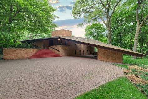 frank lloyd wright style homes for sale original frank lloyd wright minnesota house for sale