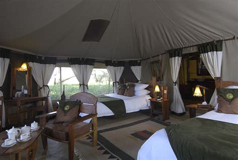 bedroom tent kenya escapes 4x4 value safari from gamewatchers safaris