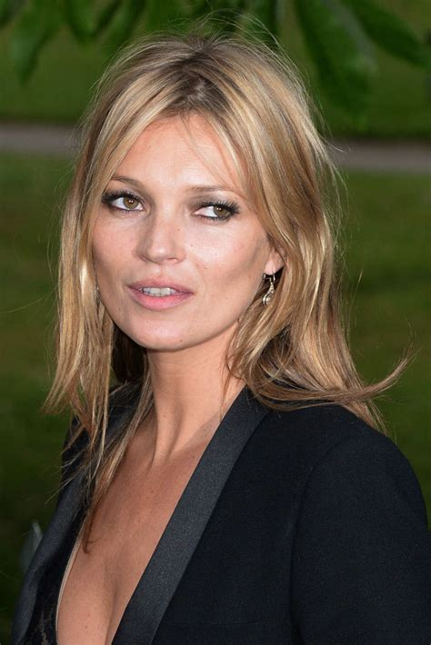 Kate Moss Cuts Bangs Em Or Em by Wearing Your Hair In Summer Like A Model The Cut