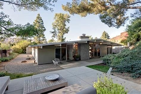 eichler style homes real estate report postwar suburban bliss updated california home design