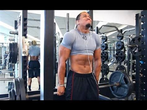 shoulder traps workout with tpindell