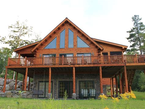 large log cabin large log cabin with 5 bedrooms 3 baths and sleeping for