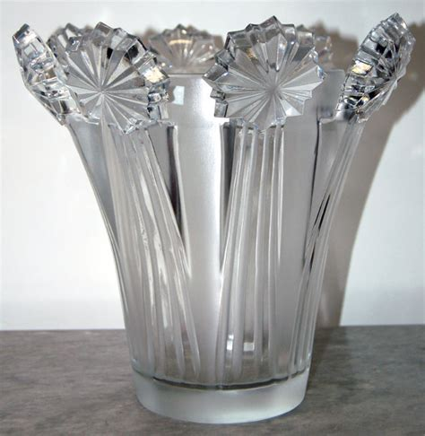 exquisite 1950 s lalique vase for sale antiques