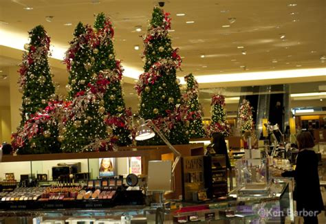 king of prussia mall decorations photos