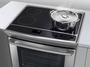 cucine elettriche a induzione cucina elettrica a induzione vantaggi e svantaggi