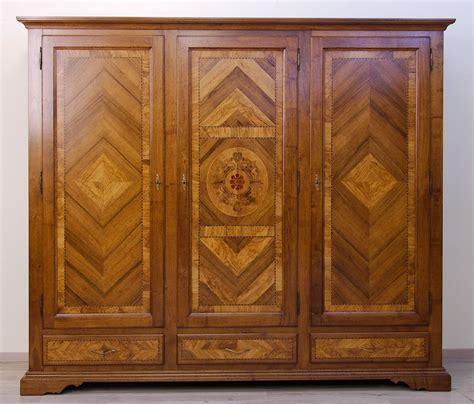 armadio noce armadi in legno di noce massello 3 armadi
