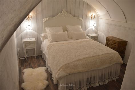 chambre d h es romantique appartement de charme aix en provence le grenier d