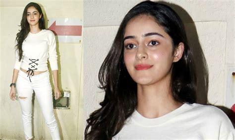 actress ananya college ananya pandey biography age height wiki boyfriend