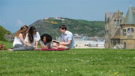 Aberystwyth Mba Fees by International Excellence Undergraduate Scholarships At