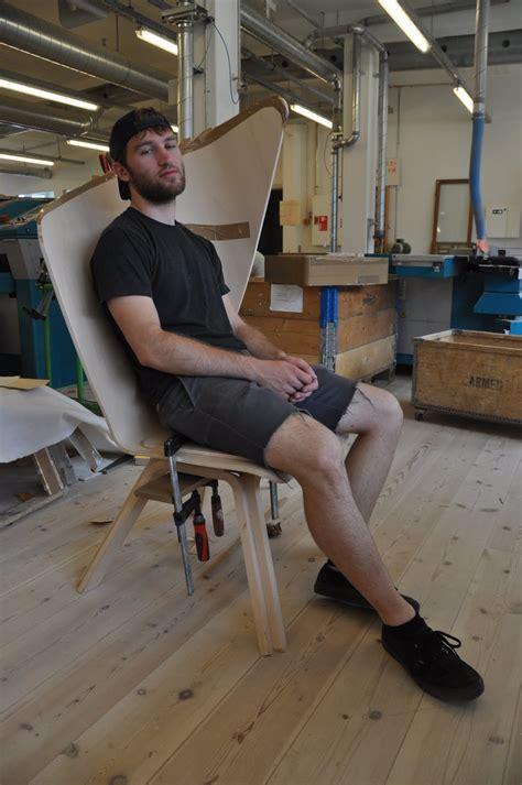 brunette  scandinavia people sitting  chairs