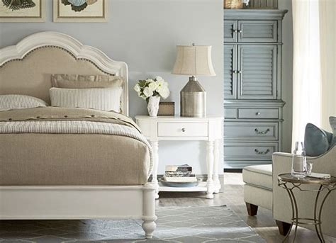 havertys bedroom bedrooms welcome home queen sleigh bed weathered white