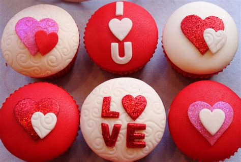 valentines day muffins valentines day cupcakes 10 8367 the wondrous pics