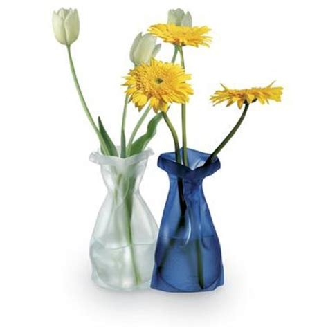 Flat Flower Vase by Miracle Vase Gear Review From Flat To Flower The