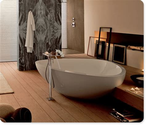 bathtubs for tall people want it now extra large triangular bathtub