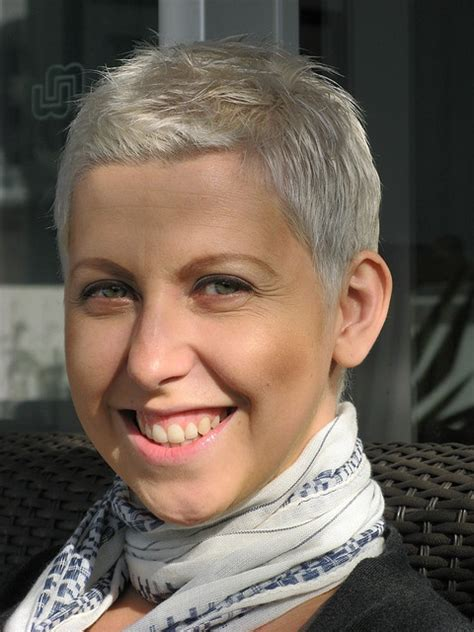 best haircuts for chemo patients short haircuts for cancer patients before chemotherapy