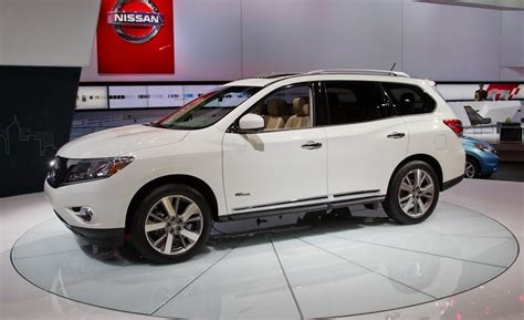nissan pathfinder hybrid the motoring world 2013 09 29