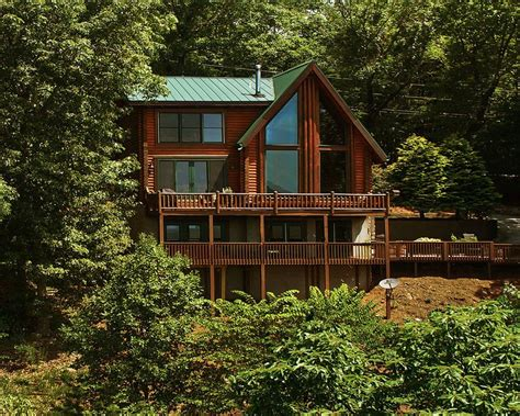 Rustic Family Cabin On The Lake Sleeps 12 Image Gallery Mountain Cabin Lake View