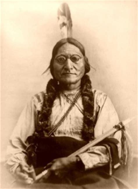 capo indiano toro seduto toro seduto uomo sacro dei sioux www farwest it