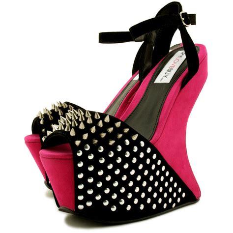 evila heel less sculptured spike peep toe concealed
