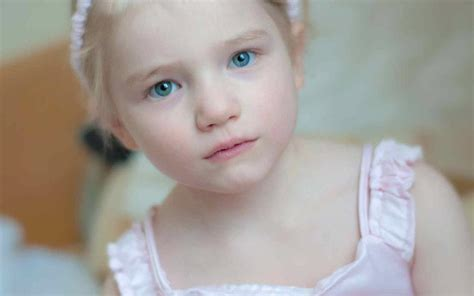 baby wallpaper blue eyes cute babies with blue eyes xcitefun net