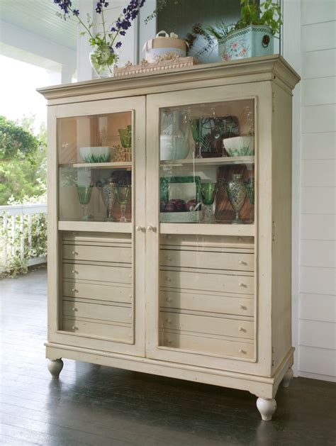 paula deen china cabinet universal furniture paula deen home paula deen the bag