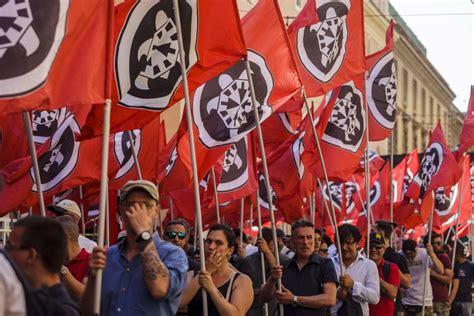 casa pound italia tutti i soldi e le societ 224 di casapound e forza nuova