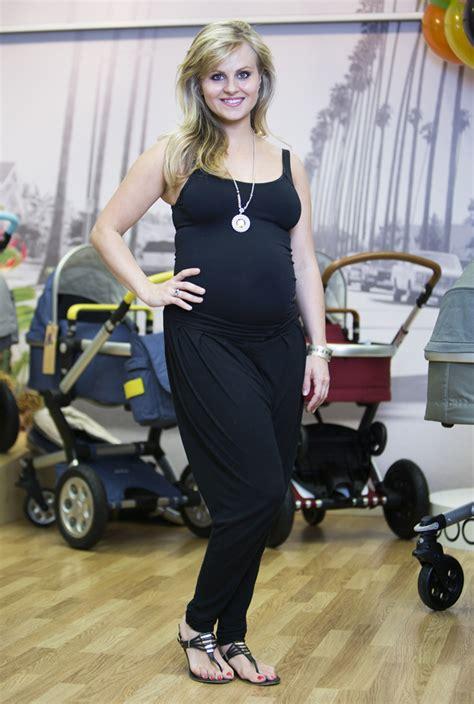 is tina cbell pregnant 2014 pregnant tina o brien and bump go pram shopping