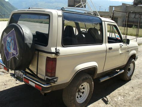 electric and cars manual 1989 ford bronco ii security system get last automotive article 2015 lincoln mkc makes its first appearance