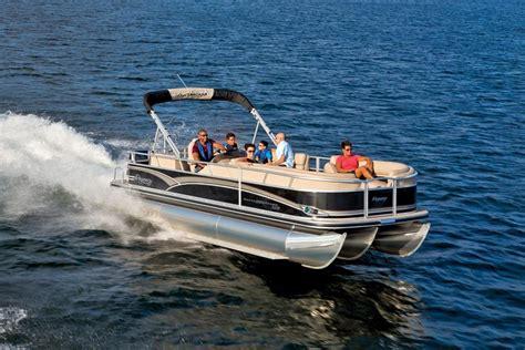 tracker pontoon boats sun tracker boats fishing pontoons 2015 bass buggy 16