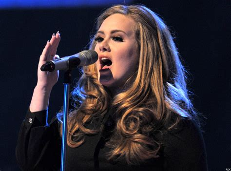 adele turning tables testo adele turning tables live acoustic ufficiale