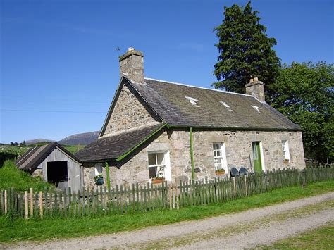 renting a cottage in scotland around about britain hotels b bs self catering
