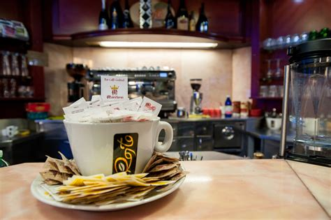 di commercio di vercelli caff 232 marchesi bar storico nel centro di vercelli il