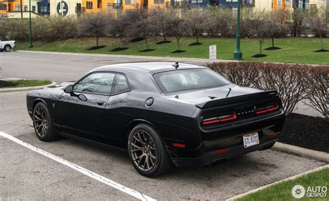 Charger Hellcat Or Challenger Hellcat by Bugatti Vs Dodge Charger Hellcat Html Autos Post
