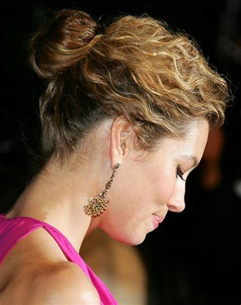 Easy Hairstyles For Medium Hair Updos by 30 Easy Updo Hairstyles For Medium Length Hair