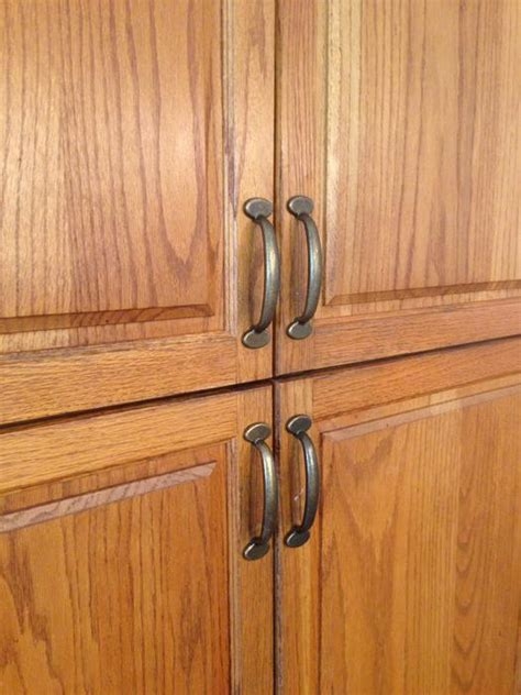 Cabinet Hardware Kitchener by 19 Gorgeous Kitchen Cabinet Door Handles Aka Door