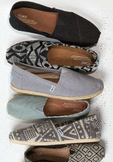 comfortable workout shoes 25 b 228 sta id 233 erna om toms p 229 pinterest toms outlet och