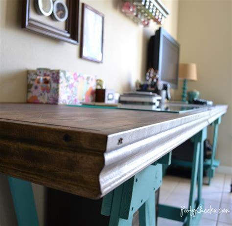Diy Sawhorse Desk By Poofy Cheeks Diy Build It Diy Sawhorse Desk