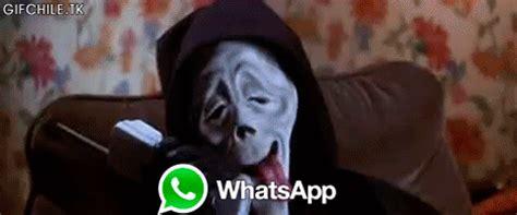 Scream Movie Meme - gif lol fail movie wtf horror scream scary movie cellphone